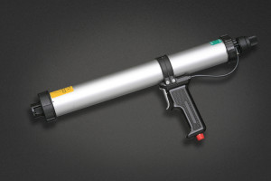 Pistol pneumatic adezivi si etansanti 600 ml